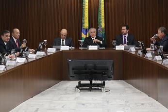 https://www.thestandard.com.hk/breaking-news/section/1/75143/Embattled-Brazil-acting-president-Temer-proposes-belt-tightening