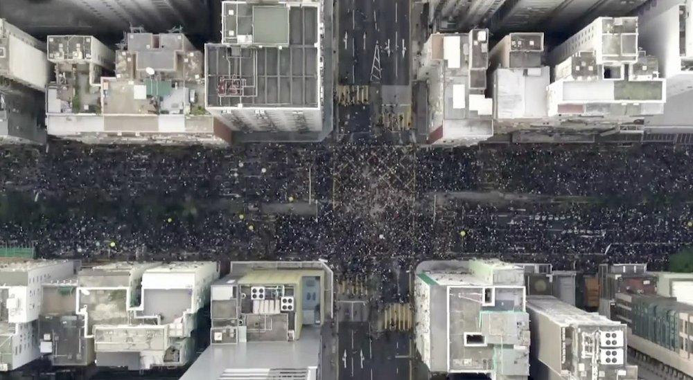 https://www.thestandard.com.hk/breaking-news/section/3/129761/Carrie-Lam-arrogance-swelled-turnout,-Charles-Mok-says