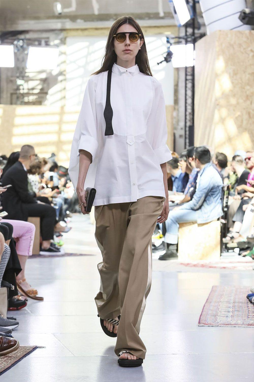 (Paris fashion week) Contradictions abound