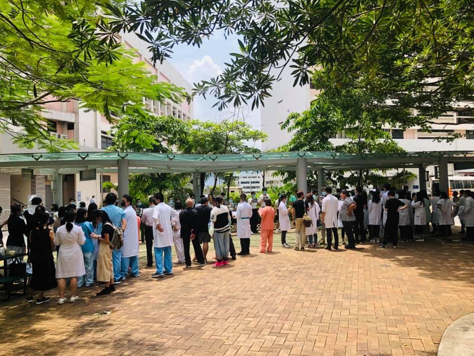 Princess Margaret Hospital staffers. Photo: Lok Yanb.