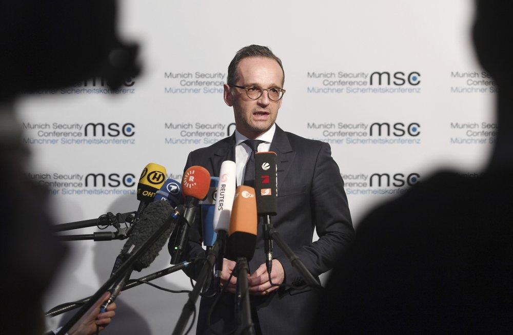 http://www.thestandard.com.hk/breaking-news/section/3/134335/German-Foreign-Minister-Heiko-Mass-eager-to-meet-Joshua-Wong
