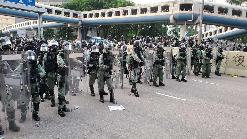http://www.thestandard.com.hk/breaking-news/section/3/138478/Police-paid-HK$950-million-for-overtime