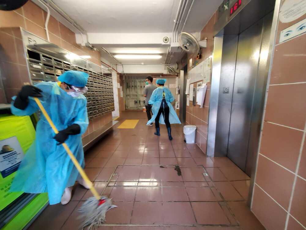 https://www.thestandard.com.hk/breaking-news/section/4/148318/Sha-Tin-Lek-Yuen-estate-may-have-coronavirus-super-spreader