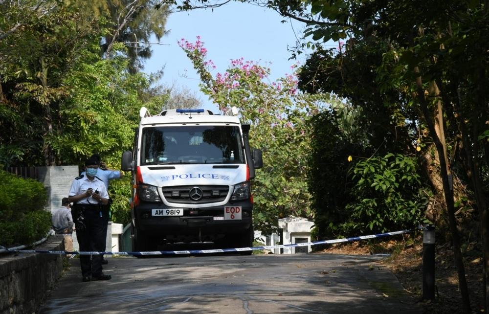 https://www.thestandard.com.hk/breaking-news/section/4/166534/Police-bomb-disposal-team-detonates-old-mortar-shell-found-in-Shek-O?fbclid=IwAR0xwLVXtWN_irxNZnCxgd11XAI2gLw502rqkXczvIMDdVXcK2kNsNISfHs
