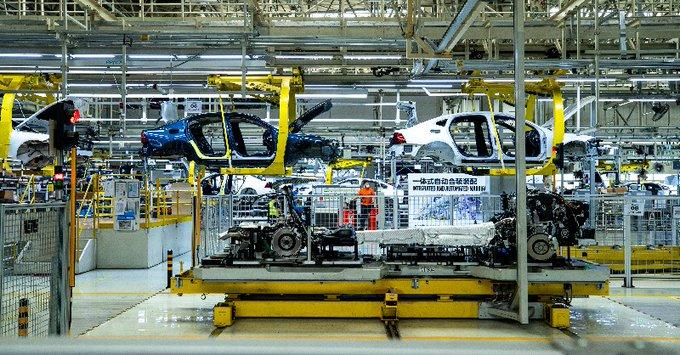 https://www.thestandard.com.hk/breaking-news/section/2/172097/Volvo-Cars-ponders-stock-sale