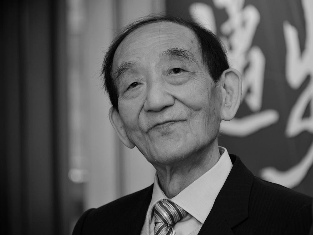https://www.thestandard.com.hk/breaking-news/section/4/172301/%E2%80%98Shop-King%E2%80%99-Tang-Shing-bor-has-died-aged-88