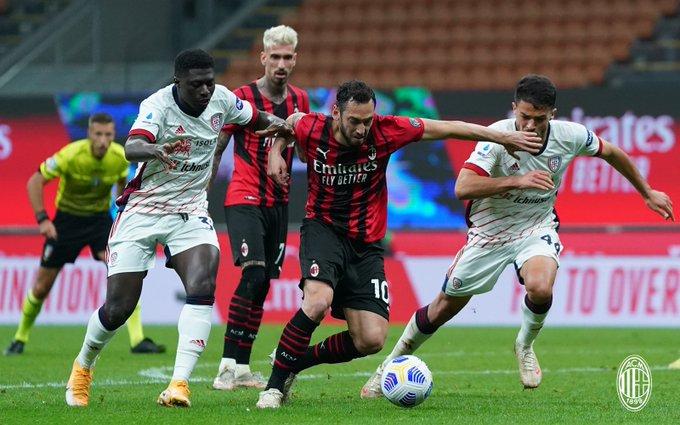 https://www.thestandard.com.hk/breaking-news/section/8/172396/(Italian-league)-AC-Milan-stumble