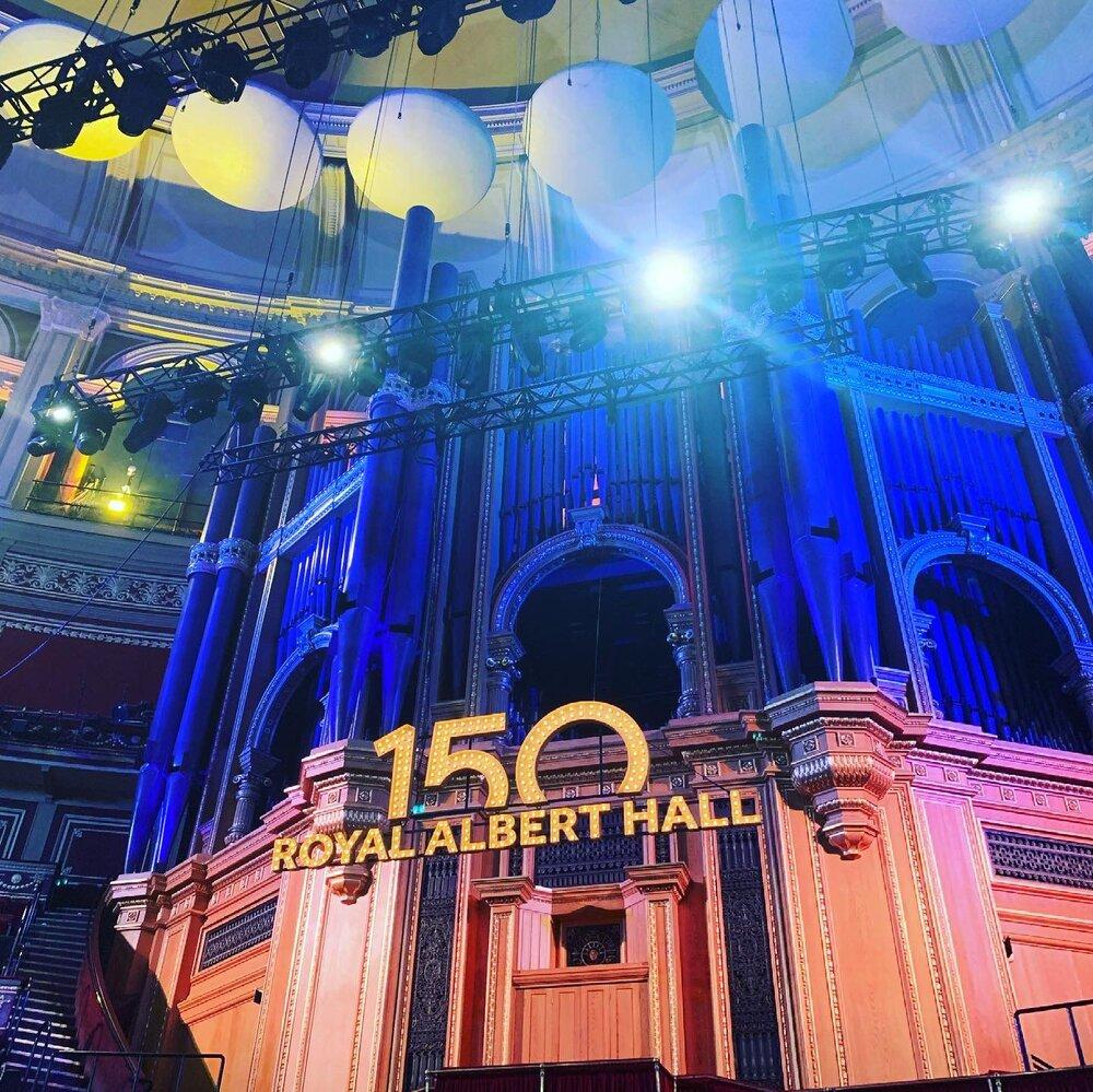 https://www.thestandard.com.hk/breaking-news/section/6/177106/Royal-Albert-Hall-back-at-capacity,-but-London-landmark-financially-devastated