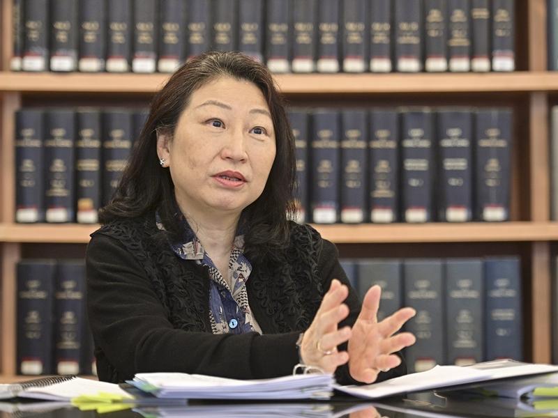 https://www.thestandard.com.hk/breaking-news/section/4/177487/Teresa-Cheng-to-visit-Beijing-tomorrow