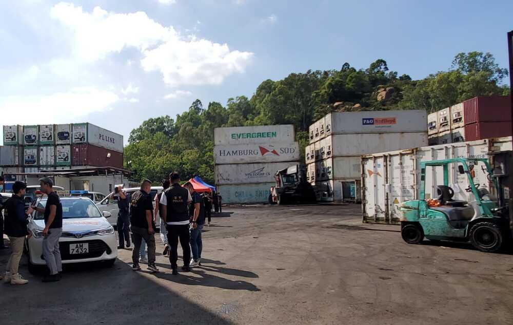 https://www.thestandard.com.hk/breaking-news/section/4/181144/Anti-smuggling-operations-see-HK$500m-frozen-meat-in-Tuen-Mun-seized