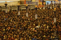 https://www.thestandard.com.hk/section-news/section/3/165879/Freeze-strands-Guangzhou-thousands