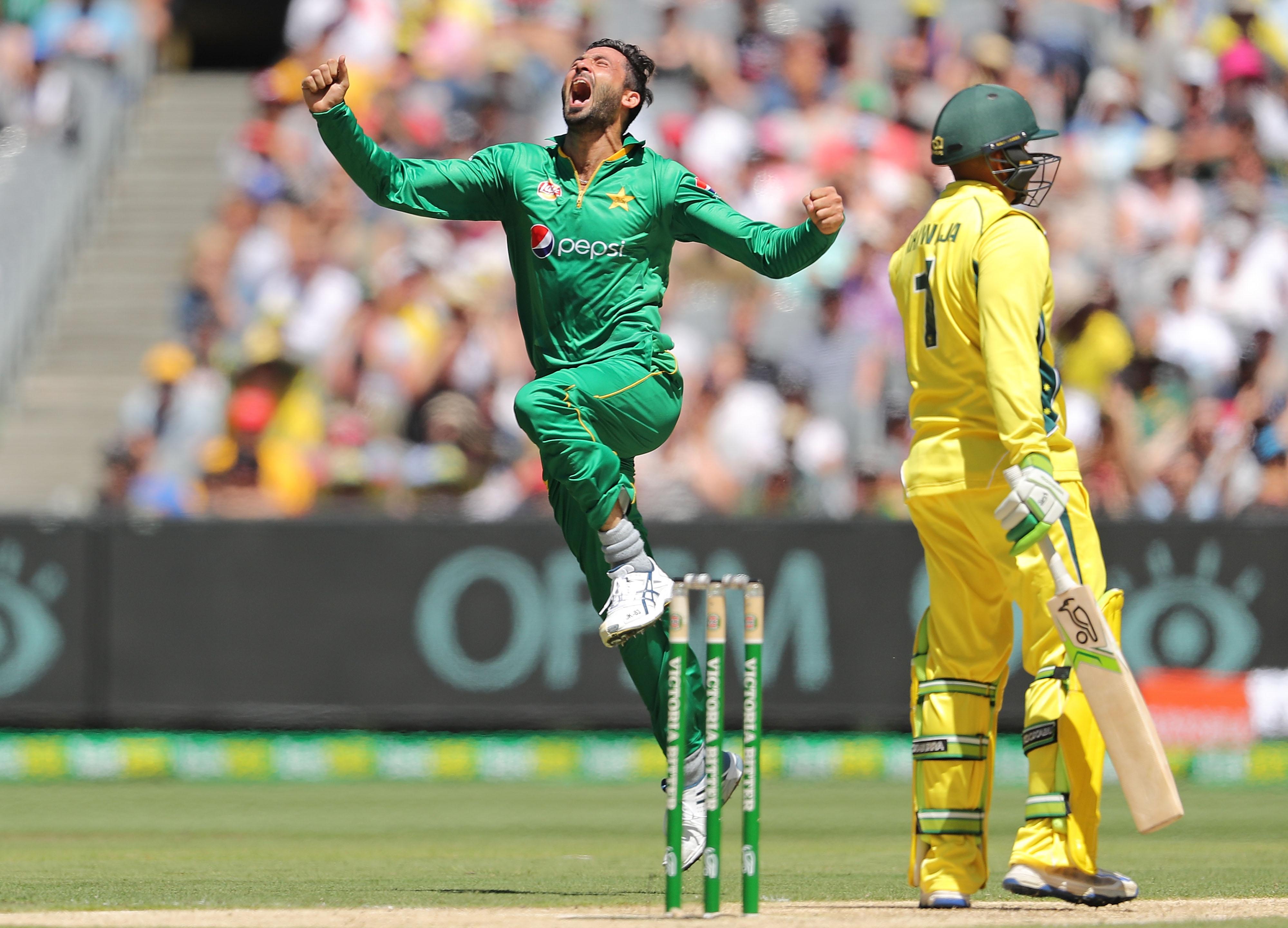 Bowlers shine as Pakistan bury Oz hoodoo | The Standard