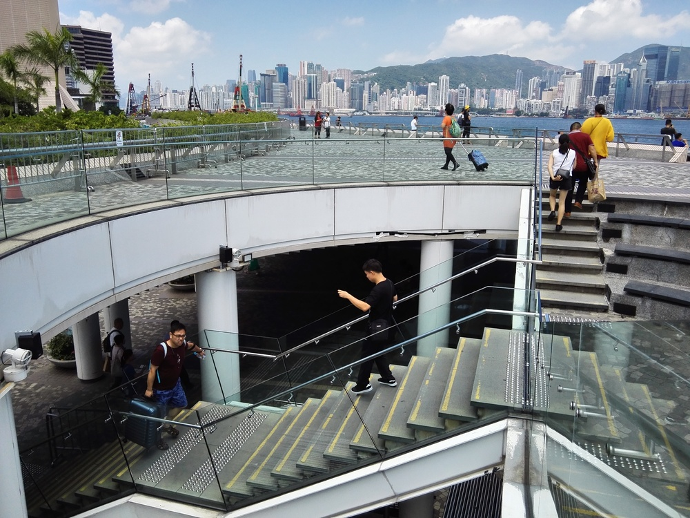 https://www.thestandard.com.hk/section-news/section/4/198153/MTR-stations,-malls-top-DAB-upskirt-black-spots