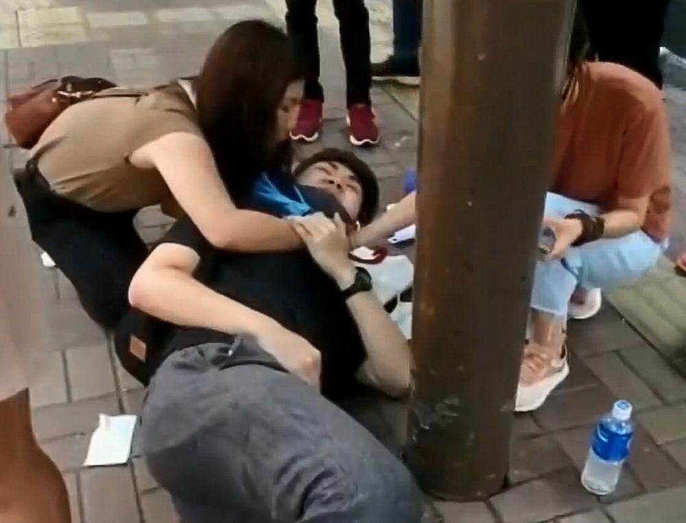 http://www.thestandard.com.hk/section-news/section/4/212737/Lennon-wall-slashsuspect-detained