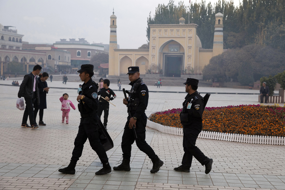 http://www.thestandard.com.hk/section-news/section/11/214176/Visa-curbs-loom-amid-SAR,-Xinjiang-moves