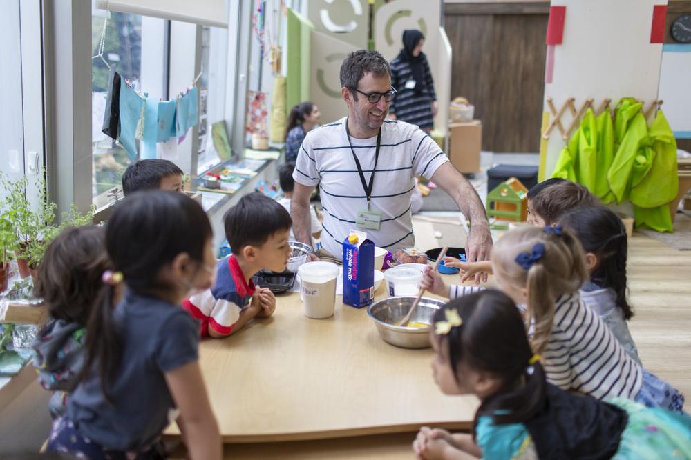 http://www.thestandard.com.hk/section-news/fc/4/220518/How-a-play-based-summer-program-benefits-children's-emotional-development