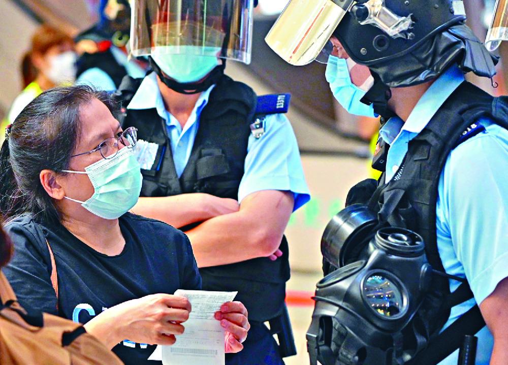 http://www.thestandard.com.hk/section-news/section/4/222406/Mong-Kok-feels-heat-of-key-date