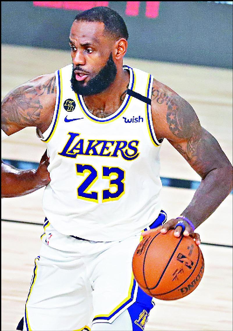 James and Antetokounmpo unanimous NBA First Team choices