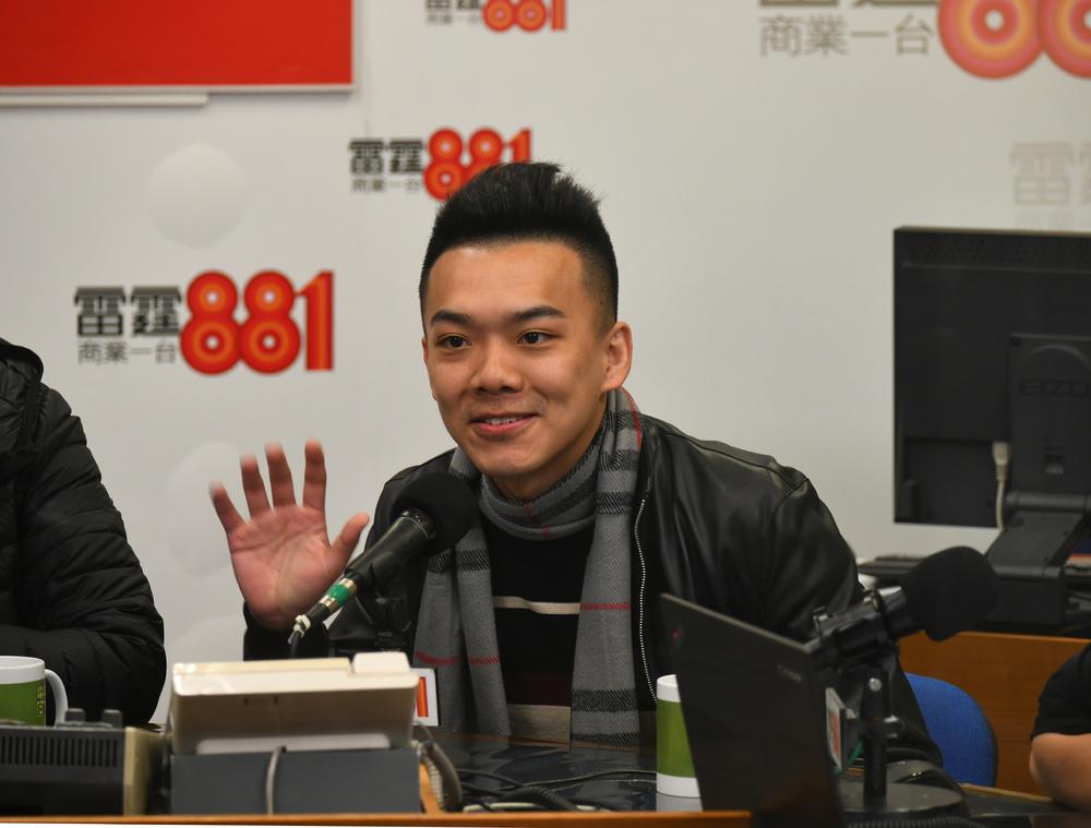 https://www.thestandard.com.hk/section-news/section/11/227852/District-councilor-prepares-for-worst