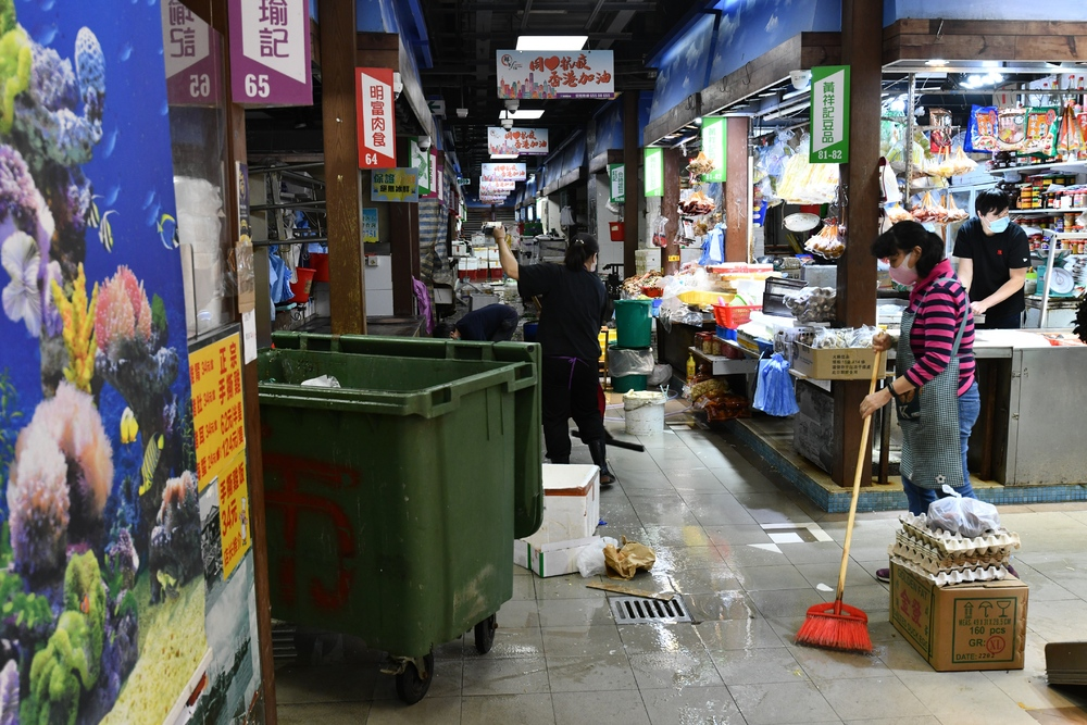 https://www.thestandard.com.hk/section-news/section/11/228981/Newborn-in-Mong-Kok-cluster