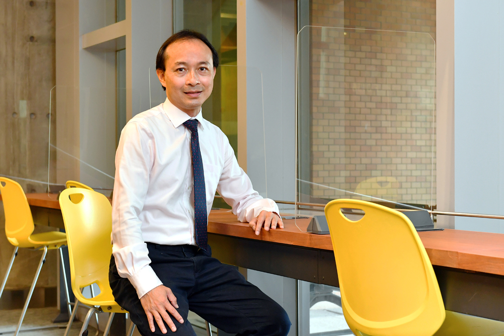 Dr Chau Chun-pong, Programme Leader of EE