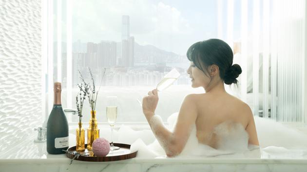 https://www.thestandard.com.hk/section-news/fc/12/229446/Lush-and-plush