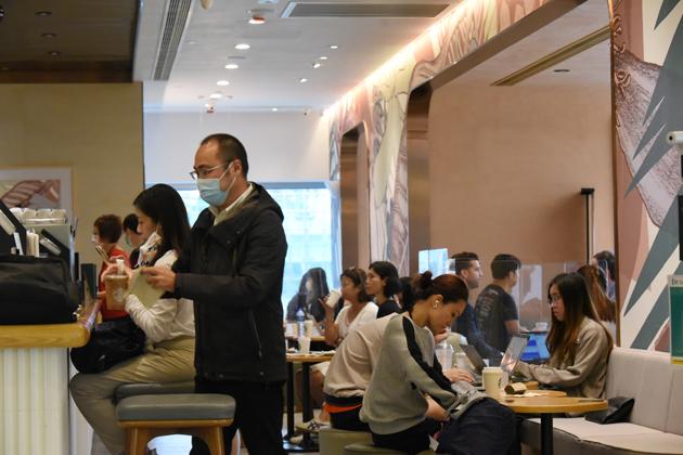 https://www.thestandard.com.hk/section-news/fc/1/229821/Cash-hurdle-lies-on-path-to-e-payment-adoption